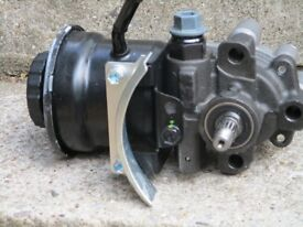 Toyota Previa 2000-2006 Power Steering Pump