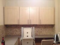 Kitchen units and integrated fridge/freezer - Good condition