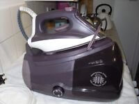 Steam Generating Iron Rowenta DG 8531 6 bar 1,3 L 2400W Violet (six months old) AS NEW CONDITION