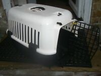 CAT TRAVEL BASKET / CARRIER - CLACTON ON SEA - CO15