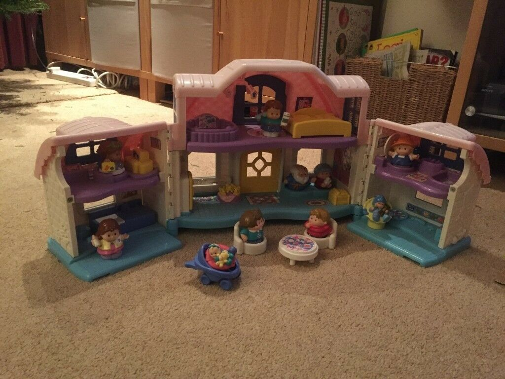 Fisher Price Little People Dolls House With Sounds And 10 Figures In