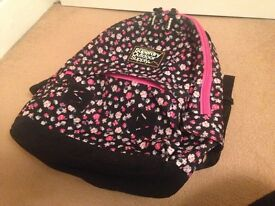 FANTASTIC CONDITION PINK AND BLACK SUPERDRY BAG!!!