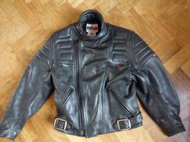 Motrcycle jacket (Ladies size 14)