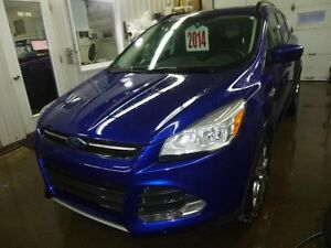 2014 Ford Escape SE awd 2.0 turbo cuir, toit ouvrant, sièges cha
