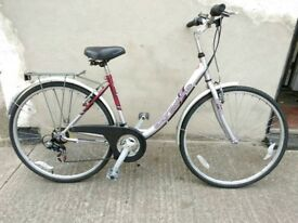 Ladies city deluxe hybrid bike Bristol Upcycles g