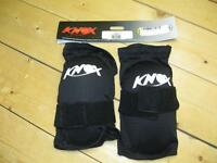 Knee guards for motorcycling / mtn biking - Knox Flex Lite model
