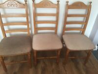 6 Seater Table & Chairs Ideal for Refurbishment