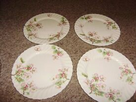 4 Dinner plates by Wedgwood - Apple Blossom, perfect condition