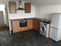 One bedroom top floor flat near Uplands and Swansea City Centre