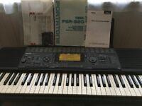 Yamaha Electronic Keyboard PSR 520