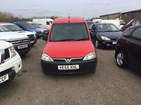 55 REG VAUXHALL COMBO DIESEL 13oo cc GOOD DRIVER LOW MILEAGE SIDE LOADER CLOTH SEATS READY FOR WORK