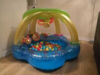 Ball pool / paddling pool