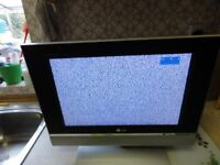 """LG RZ-17LZ40 17"""" WIDESCREEN LCD TELEVISION"""