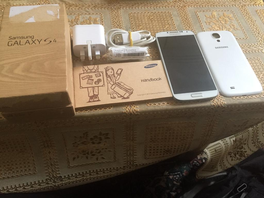 Mobile phone Samsung galaxy s4 unlocked 16GBin Bradford, West YorkshireGumtree - Mobile phone Samsung galaxy s4 unlocked 16GB in mint condition comes with all mobile accessories in white colour with reasonable price. Thanks for visiting my add
