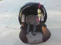 Childs car seat Graco