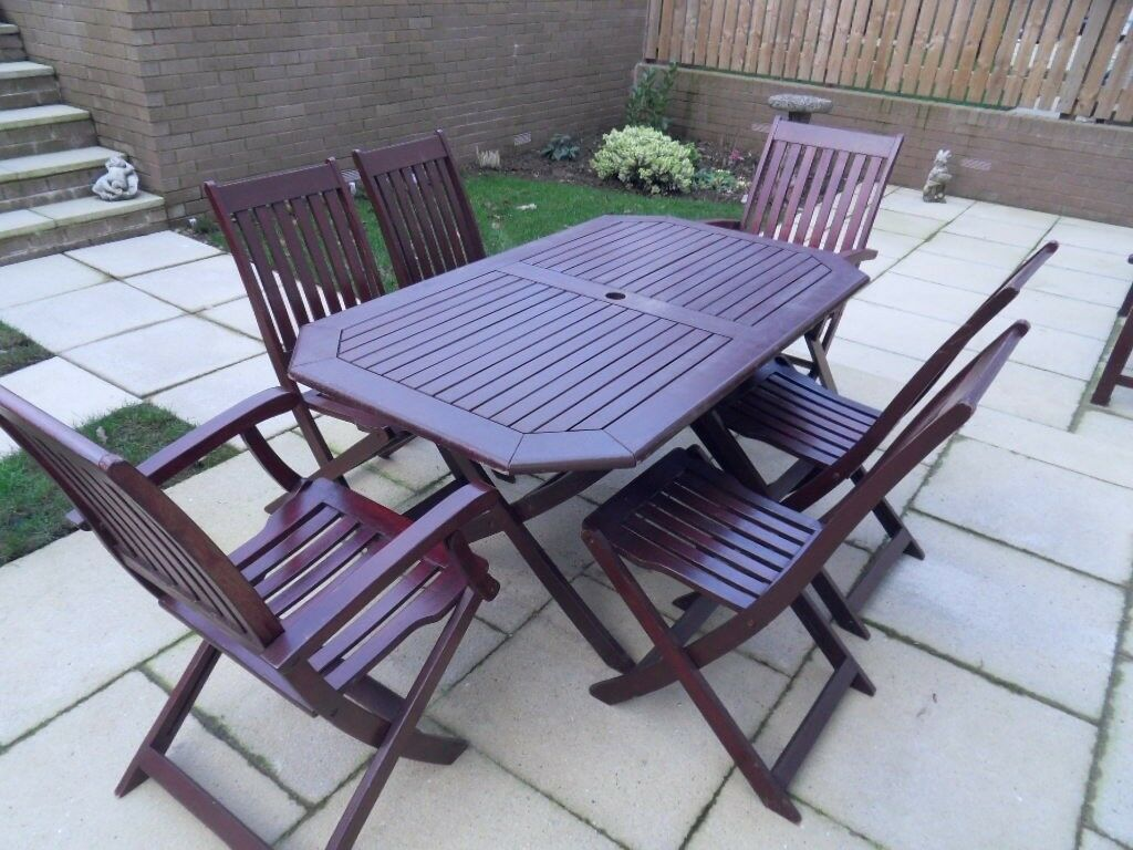Outdoor garden table and six chairs
