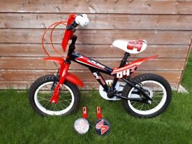 Boys bike with stabilisers in good condition