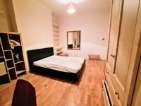A spacious room with big windows, fully furnished, warm and light in Forest Hill.Bills included
