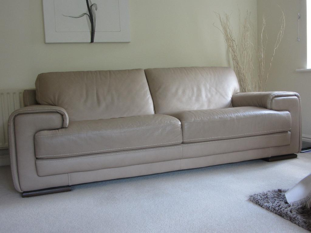 Natuzzi Italian Leather 2 3 Seater Sofa In Congleton