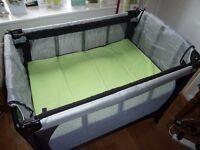 Mothercare Basinette Travel cot excellent condition.
