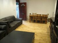 LOVELY BRIGHT SPACIOUS 3 DOUBLE BEDROOM HOUSE 2 BATH NEAR ZONE 2 TUBE, 24 HOUR BUSES & SHOPS
