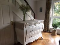Vintage style white wooden Chest of drawers