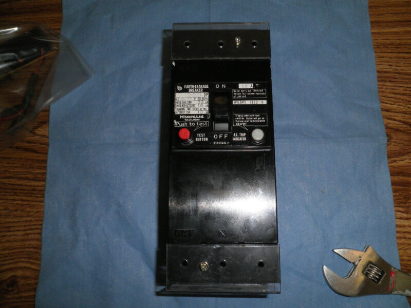 Hitachi Earth-Leakage Circuit Breaker, Model: ES-50B<