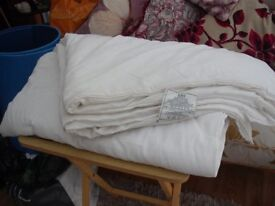 Single BHS Duvet. 4.5 Toggs (hardly used) Good Condition