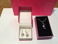 Brand new Silver earrings, pendant and chain with gift bag