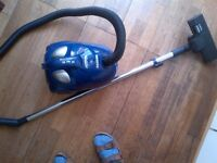 compact yet powerful Hoover vacuum cleaner with adjustable power very good condition