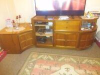 Lounge Furniture & matching coffee table ****FREE