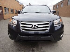 2012 Hyundai Santa Fe GLS MODEL,VERY CLEAN 4 CYL