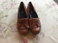 Hotter ladies tan leather Shipley tassel loafers size 6