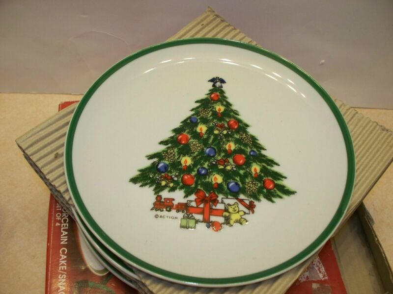 Carlton Christmas Porcelain Cake Snack Plates Set Of Four NIB Japan