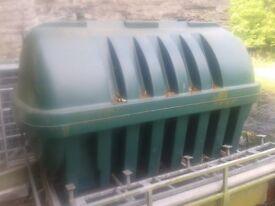 Liquid storage tank LARGE. (oil, water etc.)