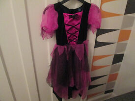 GIRLS HALLOWEEN WITCHES BLACK/PINK DRESS - AGE 7- 8 YEARS - GC
