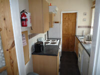 Furnished double bedroom in Derby shared house close city centre bills and WiFi included £300 month