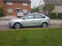 FORD FOCUS GHIA ONLY 69K MILEAGE-CRUISE CONTROL