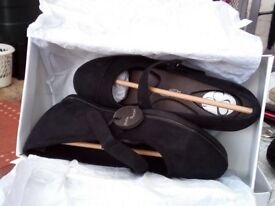 Belle black suade uk size 6 EEE fit shoes