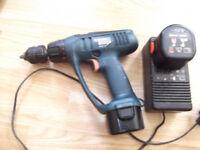 9,6 V BLACK&DECKER cordless drill/scewdriver