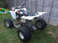 Suzuli ltz 400 quad bike