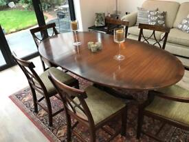 MAHOGANY EXTENDING TABLE & 6 CHAIRS