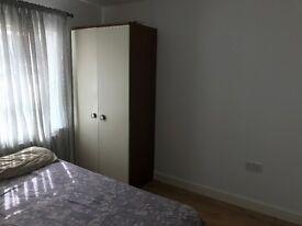 double room to rent in Waltham Cross( en9 )