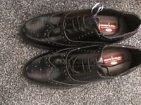 Men's leather brogues