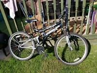 Dunlop sport special edition suspension MOUNTAIN bike ( adults ) ex condition swap try me