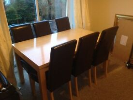 Dining table and chairs - Good condition