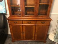 £120 Display cabinet - 4 piece set including TV stand