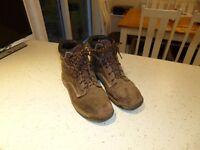 Dewalt Mens Safety Boots size 10