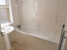 3 Bedroom Flat To Rent In North Finchley / North London