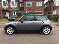 Mini Cooper S in Mint Condition Low Mileage Panoramic Roof